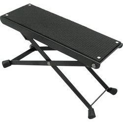 Protiskluzová stolička pod nohu kytaristy